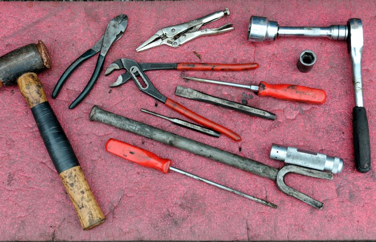 Marine Tool Kits For Boats : F hub repairs small boat ownership articles